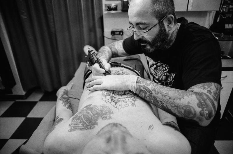 Uomo Tigre Tatuatore Cagliari